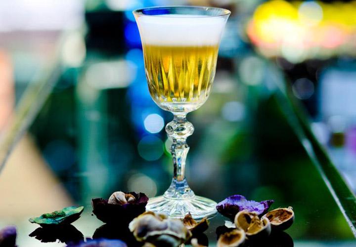 Sucrose ester foam in Modern Velvet Czarina cocktail