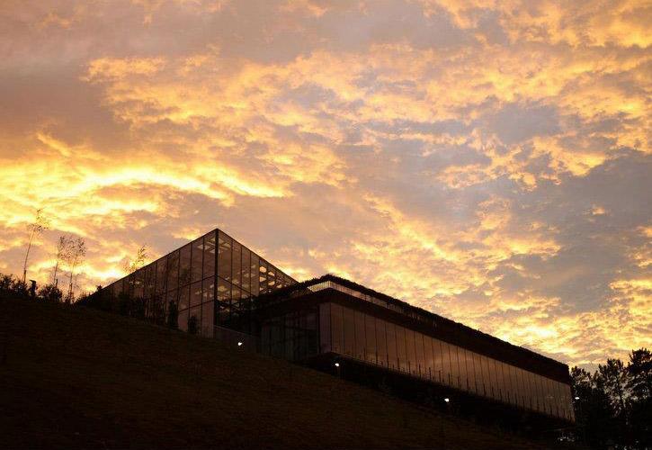eneko-atxa-azurmendi-sunset