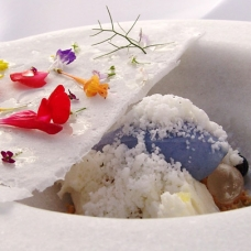 Violet ice cream yogurt frost by Chef Jordi Cruz sqr