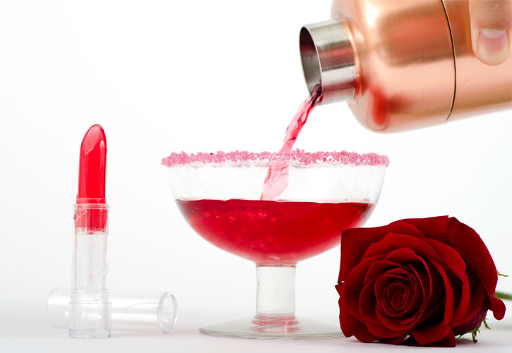 Edible Lipstick Cocktail -serving