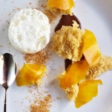 Praline Sponge Cake sqr