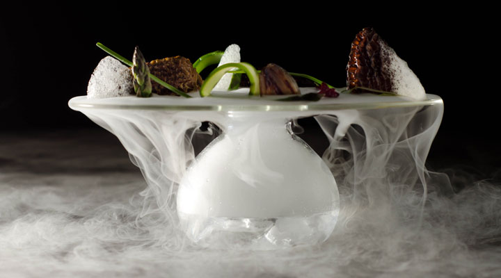 Stuffed Morels, Thyme Air, Port Gel,Oak Moss Dry Ice Vapor