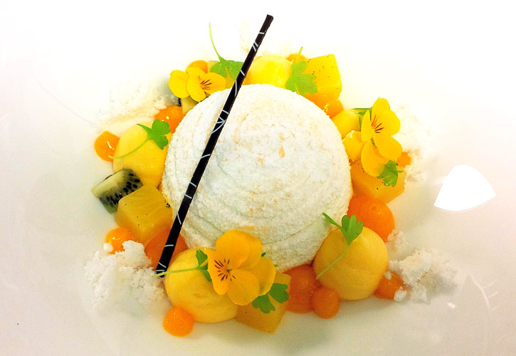 Modernist cuisine Pavlova by Chef Angel Betancourt