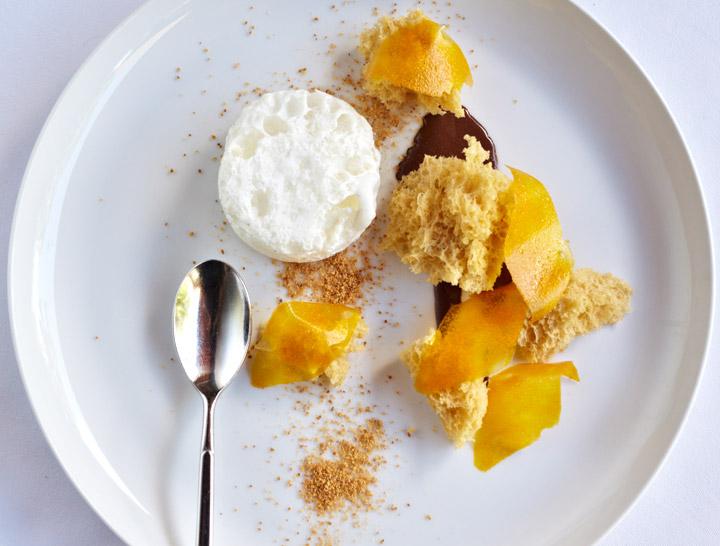 iSi Gourmet Whip Praline Sponge Cake, Cocoa Yogurt, Cream Bubbles, Mango Petals