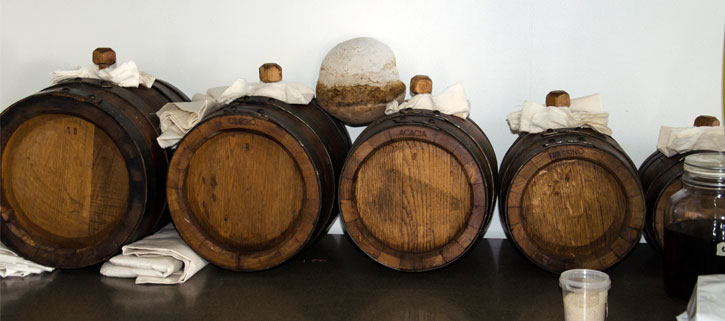 Quince Balsamic aging in different wood barrels until 2025