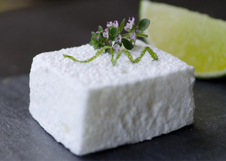 pisco-sour-cocktail-marshmallow