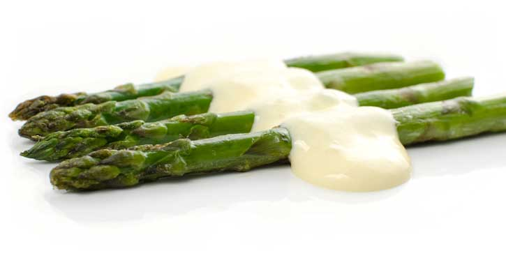 hollandaise-sauce-asparagus-725