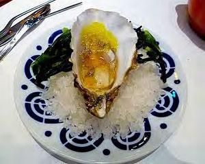 Caviaroli on oysters