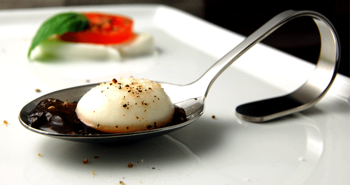 Spherical mozzarella (spherification) -720