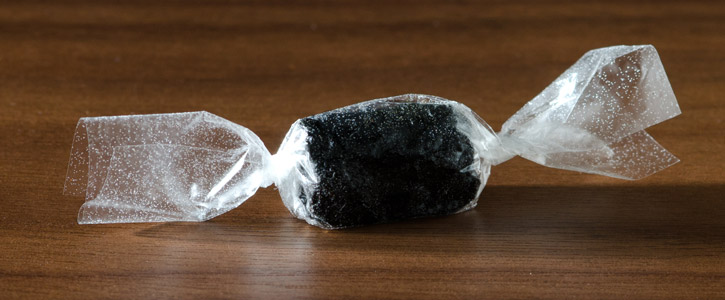 Black Garlic Caramel with Edible Wrapper -single