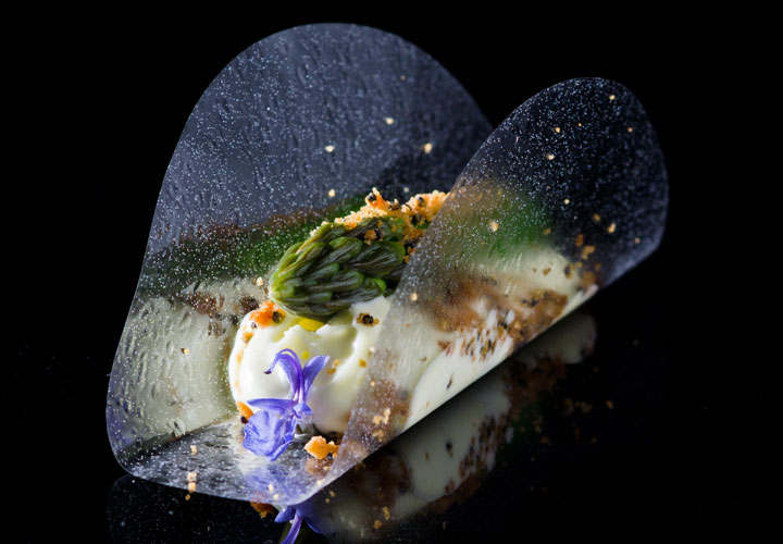 Glycerin Flakes oil foam in Clear Canape - Asparagus, Miso foam, Malt Crumbles