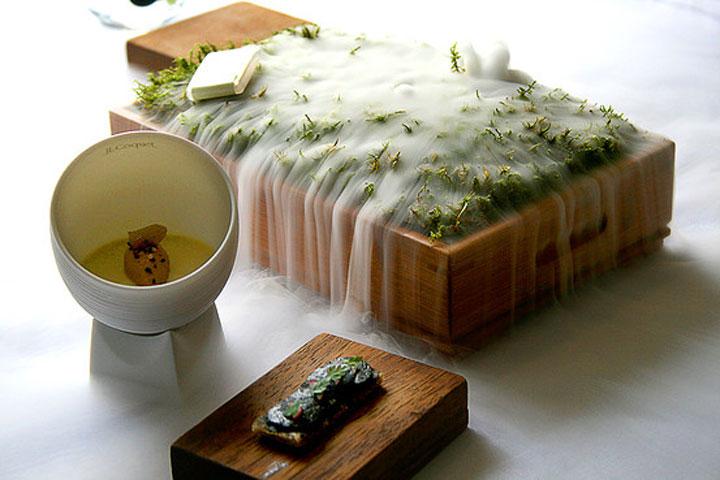 Jelly of Quail - oak moss dry ice vapor